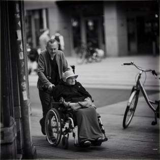 Aide informelle : quelle place dans le système français de protection sociale ?